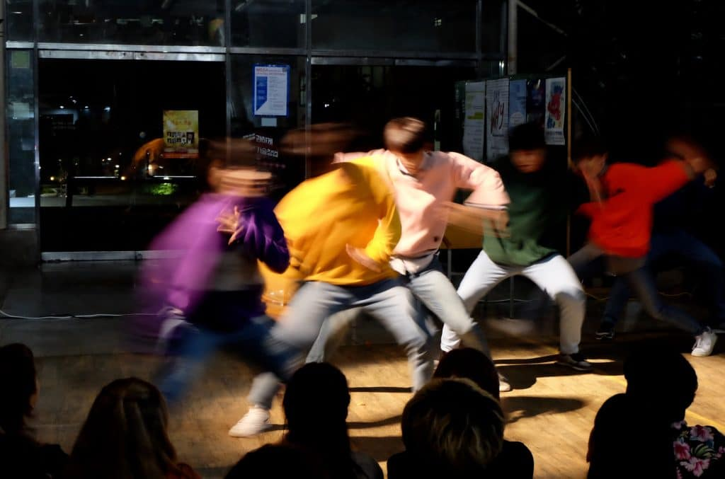 K-pop boys dancing.